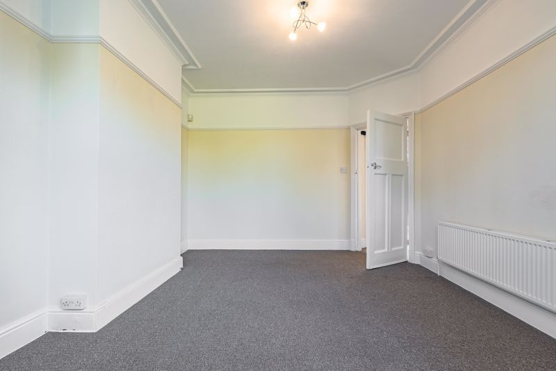 3 bed house for sale in Willow Avenue 7