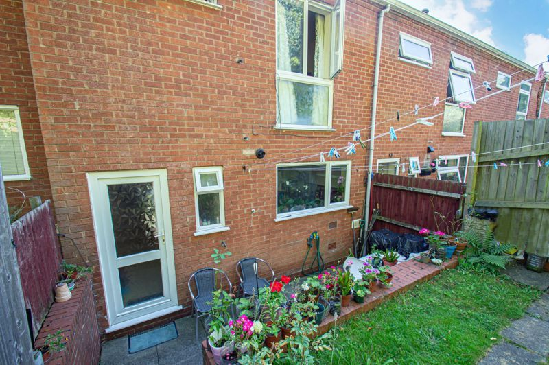 3 bed house for sale in Old Crest Avenue 11