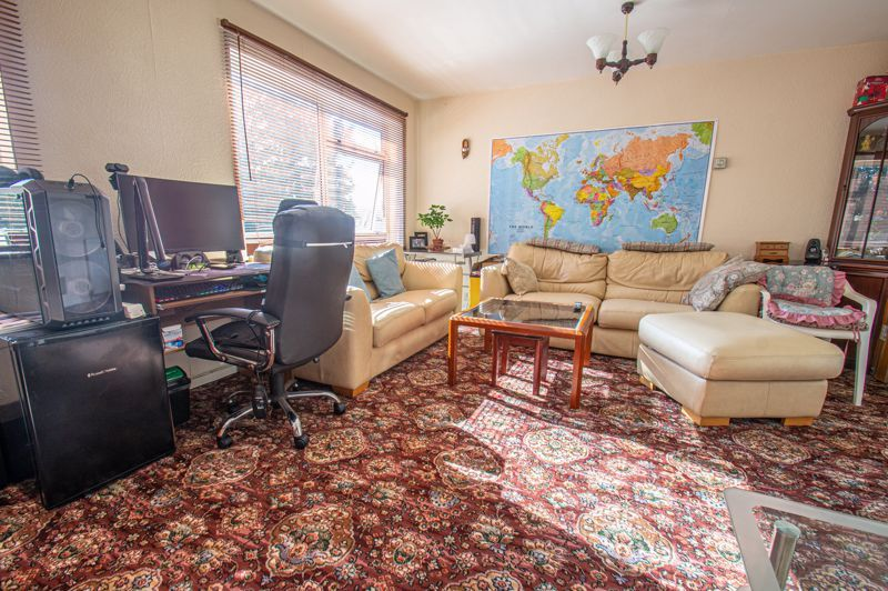 3 bed house for sale in Old Crest Avenue  - Property Image 3