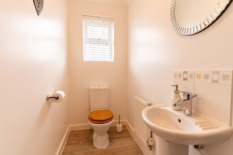4 bed house for sale in Wynall Lane  - Property Image 19