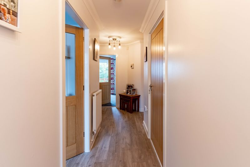 4 bed house for sale in Wynall Lane 20