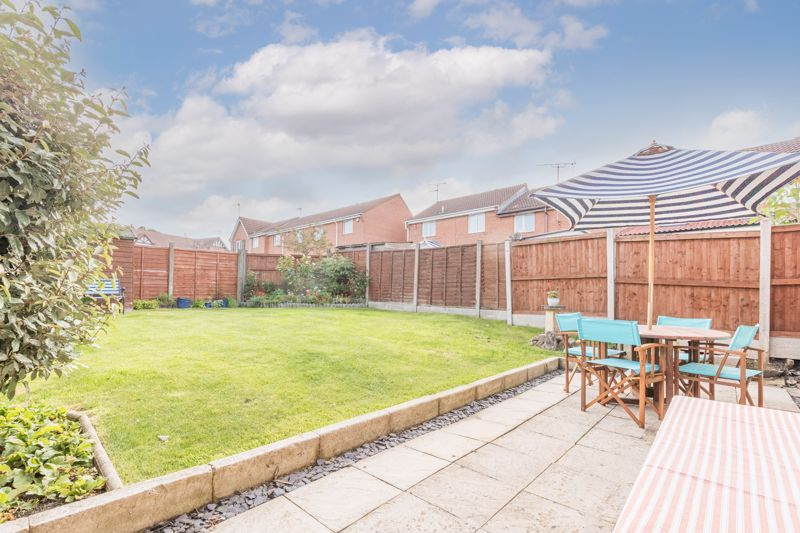 3 bed house for sale in Illey Close 12