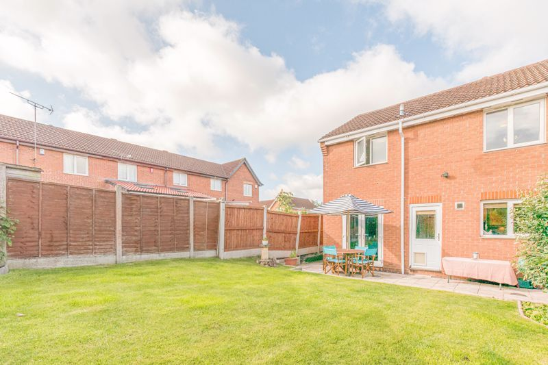 3 bed house for sale in Illey Close 13