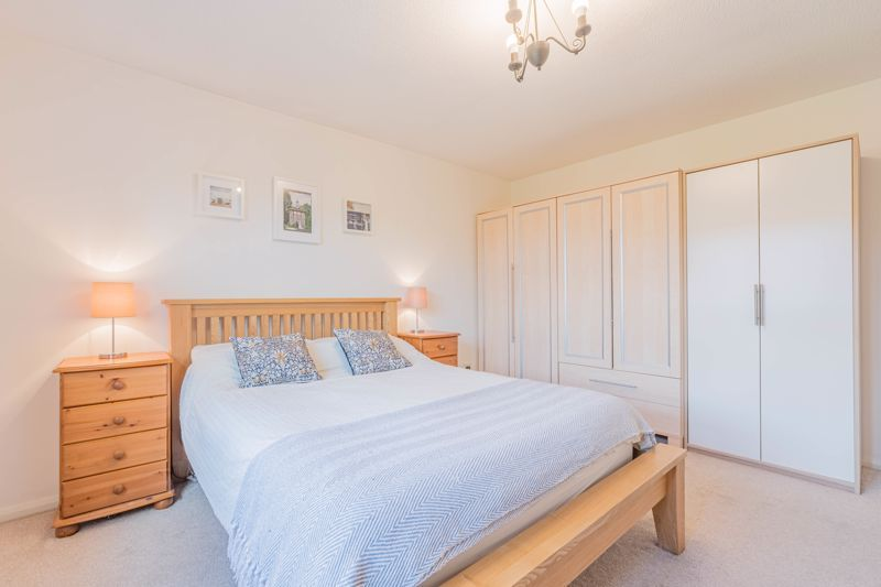 3 bed house for sale in Illey Close 7