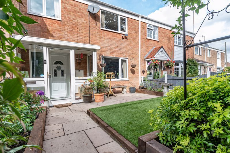 3 bed house for sale in Shelley Close 13