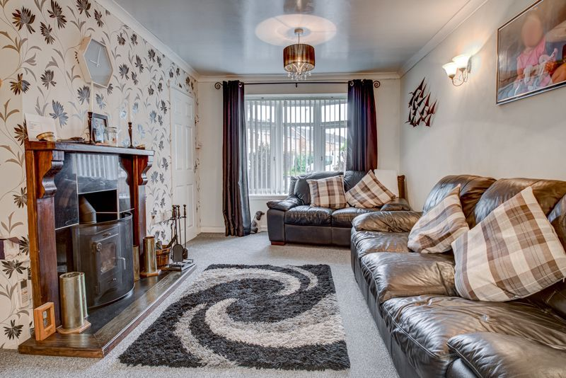 4 bed house for sale in Skiddaw Close 2