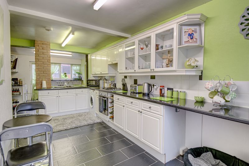 4 bed house for sale in Skiddaw Close 3
