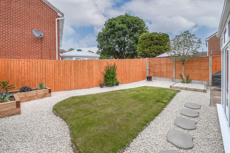 3 bed house for sale in Foxcote Close 12