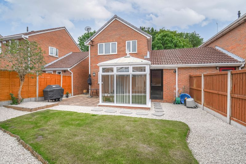 3 bed house for sale in Foxcote Close  - Property Image 13