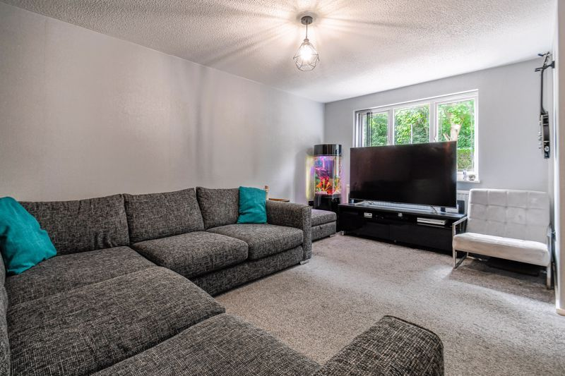 3 bed house for sale in Foxcote Close  - Property Image 5