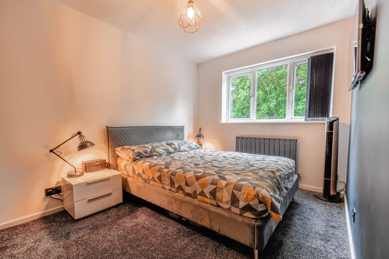 3 bed house for sale in Foxcote Close 7