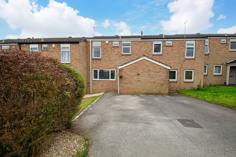 3 bed house for sale in Ashdown Close 1