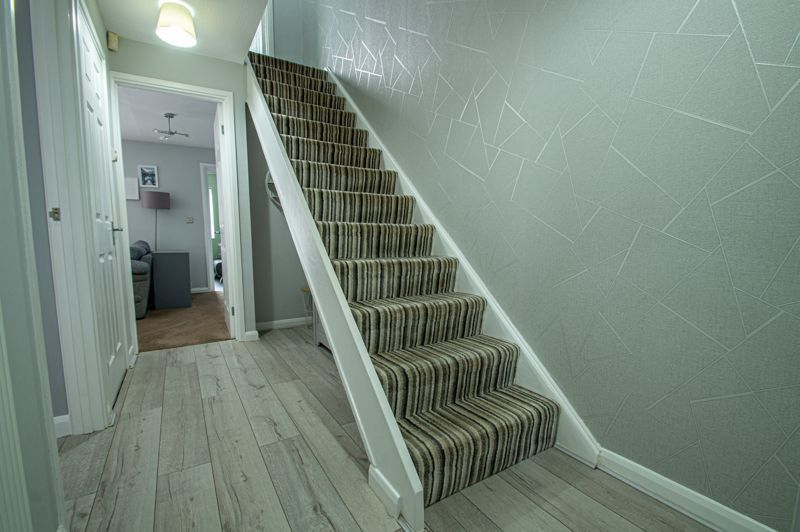 3 bed house for sale in Ashdown Close  - Property Image 16