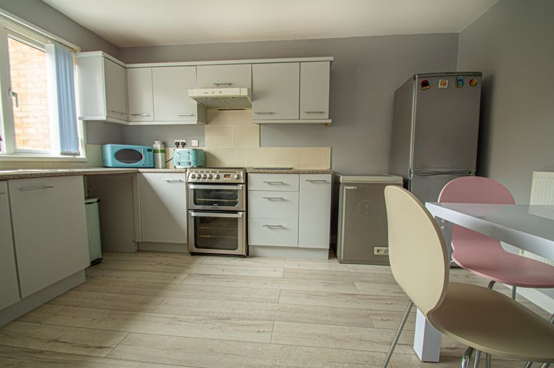 3 bed house for sale in Ashdown Close 17