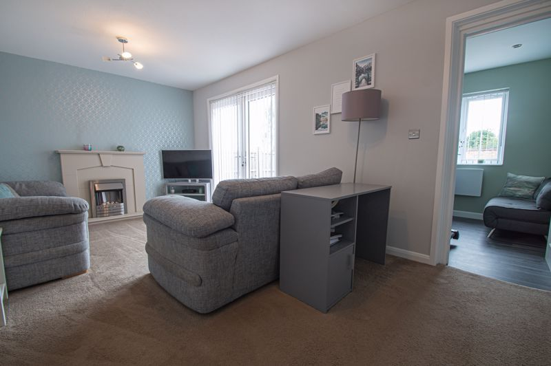 3 bed house for sale in Ashdown Close 5