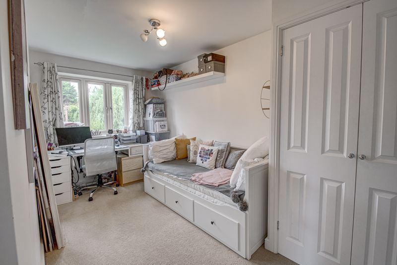 3 bed house for sale in Shrubbery Road  - Property Image 11