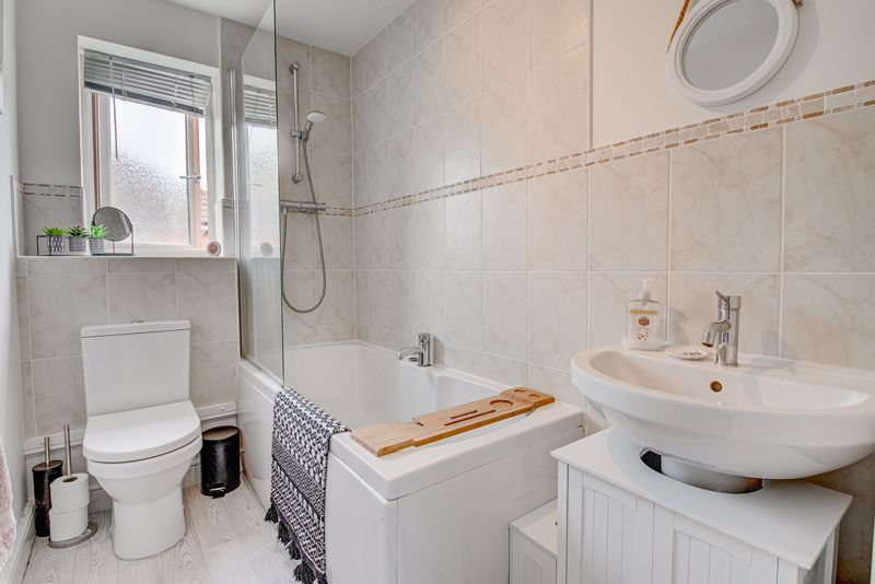 3 bed house for sale in Shrubbery Road  - Property Image 13
