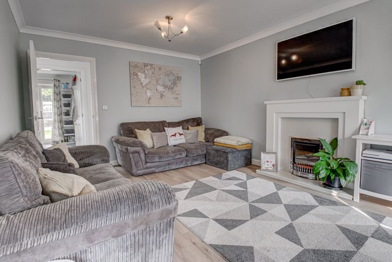 3 bed house for sale in Shrubbery Road  - Property Image 3
