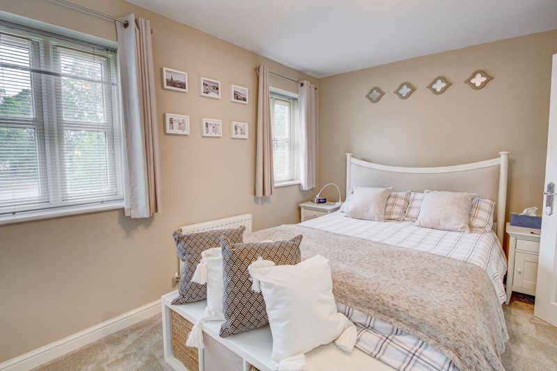 3 bed house for sale in Shrubbery Road  - Property Image 8