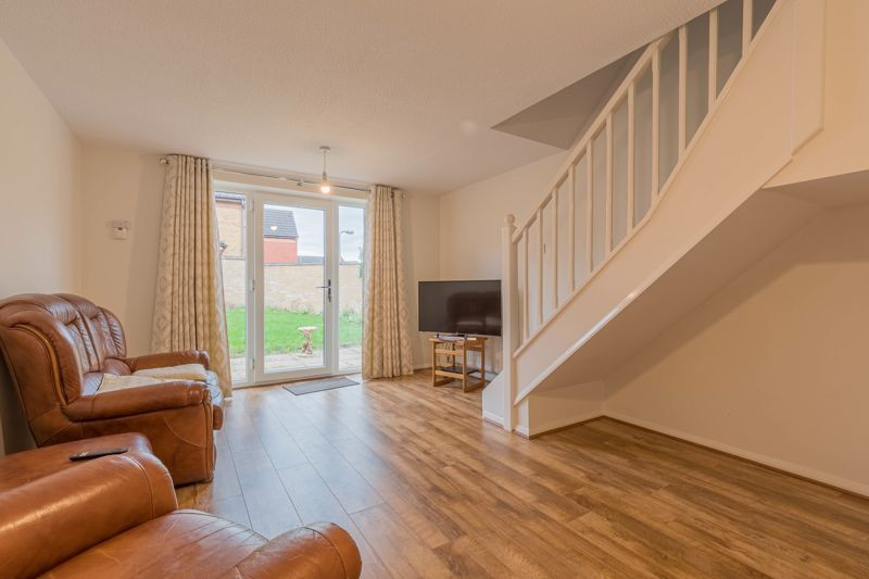 2 bed house for sale in Knowle Close 2