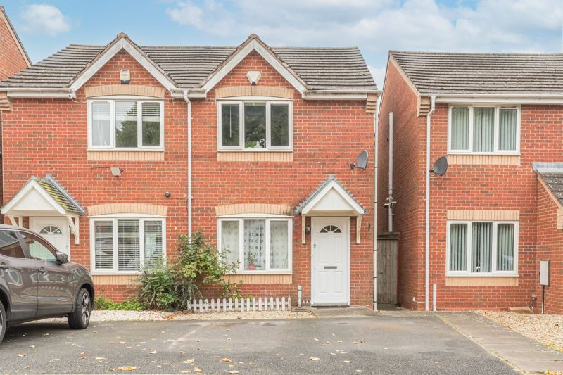 2 bed house for sale in Trippleton Avenue 1