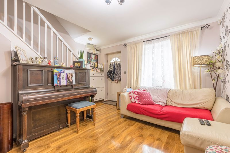 2 bed house for sale in Trippleton Avenue 2