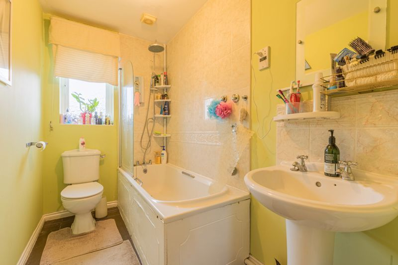 2 bed house for sale in Trippleton Avenue 11