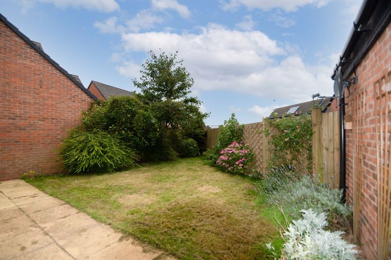 2 bed house for sale in Lower Beeches Road  - Property Image 12