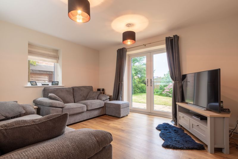 2 bed house for sale in Lower Beeches Road  - Property Image 3