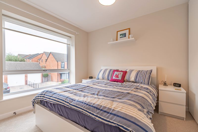 2 bed house for sale in Lower Beeches Road  - Property Image 8