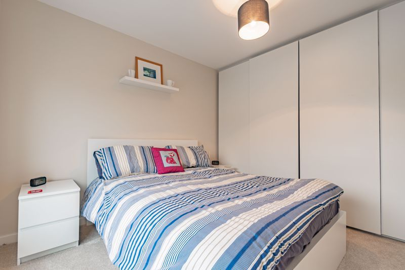 2 bed house for sale in Lower Beeches Road  - Property Image 9