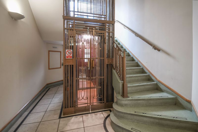 1 bed flat for sale in Calthorpe Road  - Property Image 11