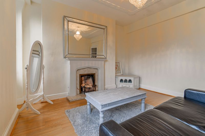 1 bed flat for sale in Calthorpe Road 6
