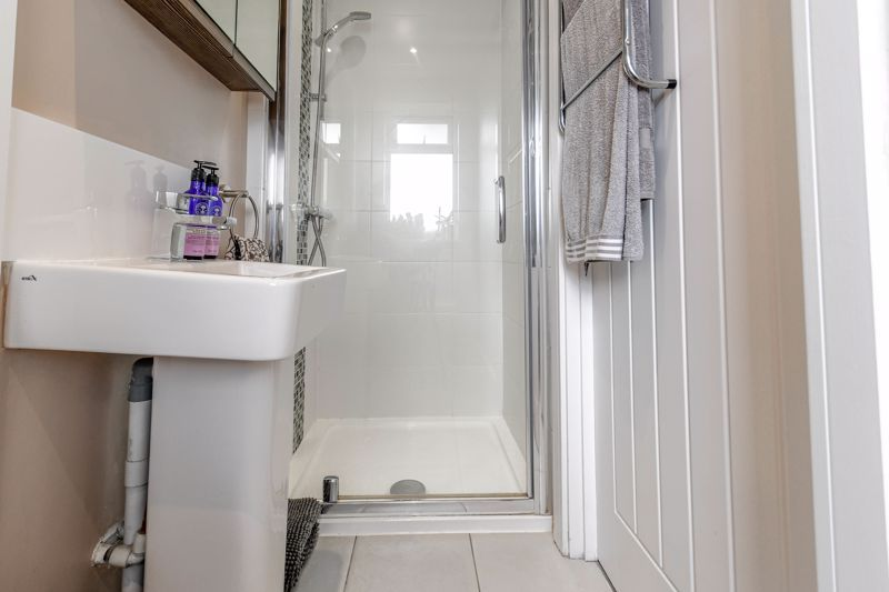 3 bed house for sale in Foregate Street 13