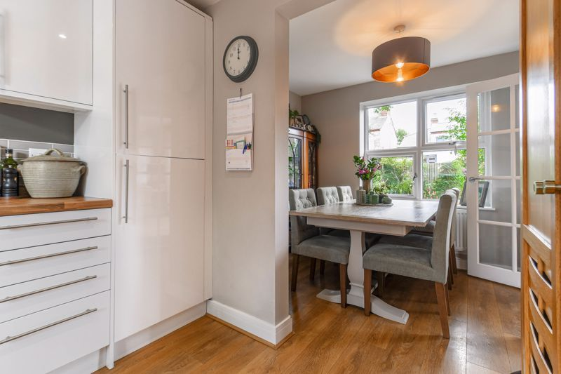 3 bed house for sale in Foregate Street 4