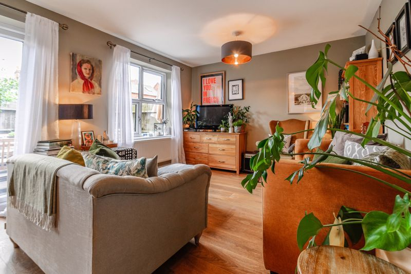 3 bed house for sale in Foregate Street 8