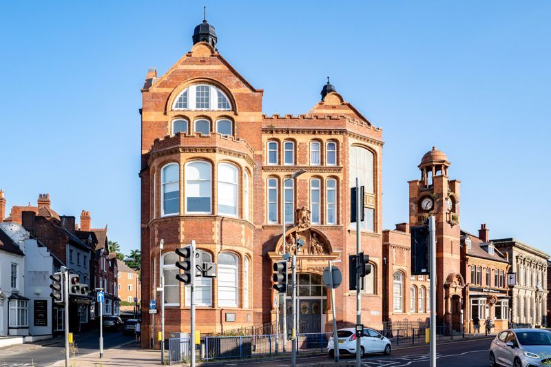 2 bed flat for sale in Hagley Road  - Property Image 1