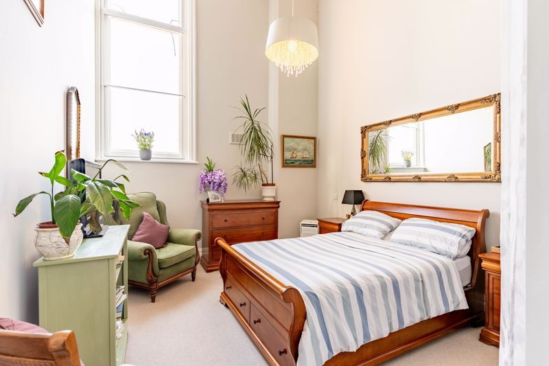 2 bed flat for sale in Hagley Road  - Property Image 6