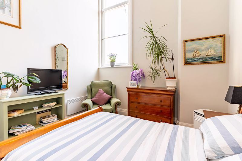 2 bed flat for sale in Hagley Road 7