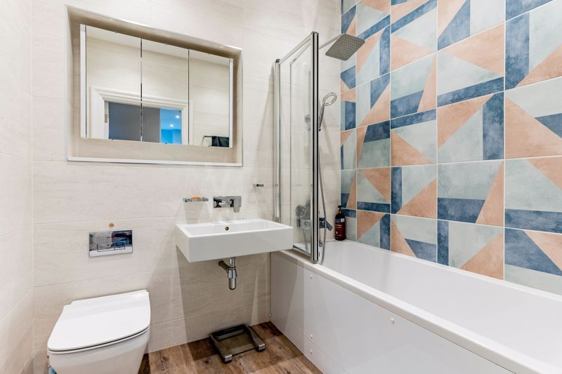 2 bed flat for sale in Hagley Road 10