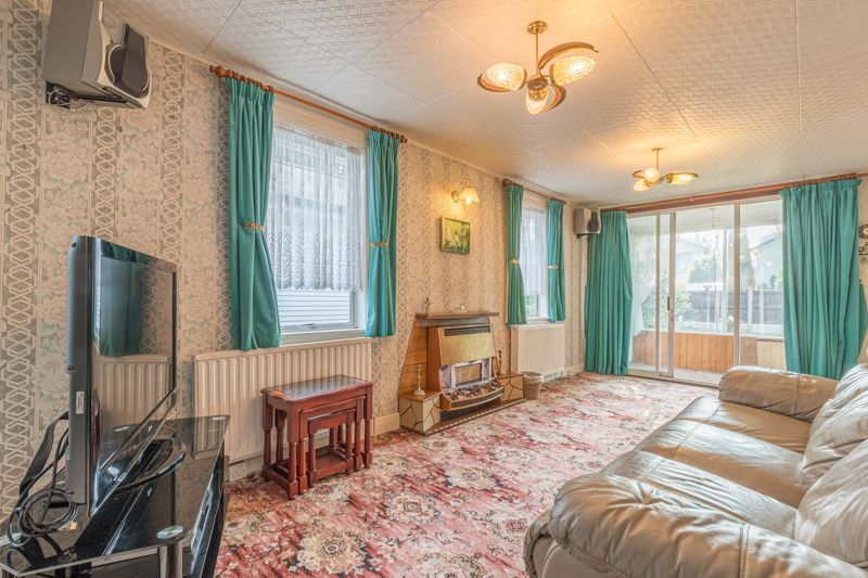 2 bed bungalow for sale in Coney Green Drive  - Property Image 2