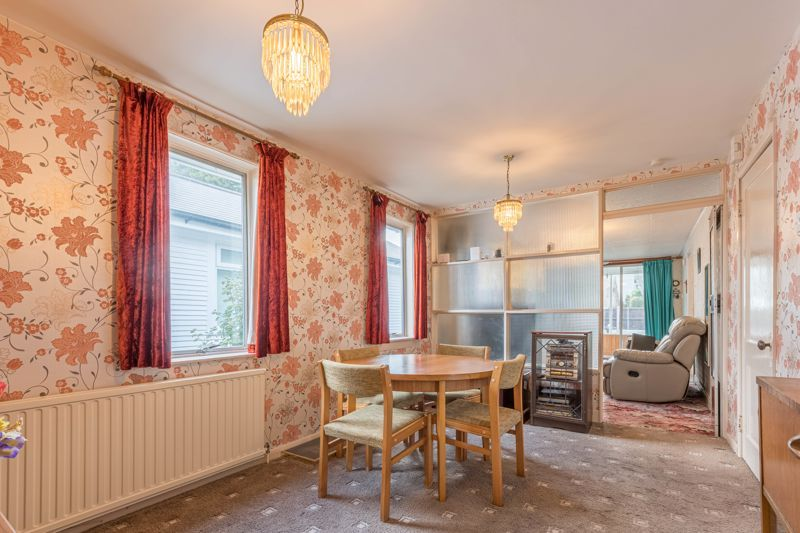 2 bed bungalow for sale in Coney Green Drive 5