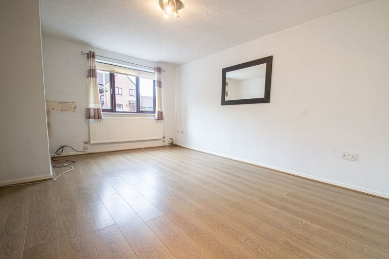 3 bed house for sale in Appletree Close  - Property Image 2
