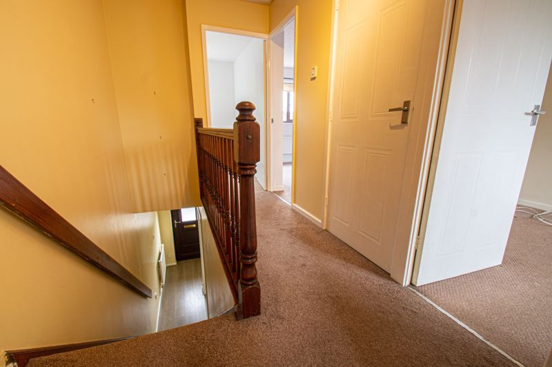 3 bed house for sale in Appletree Close 16
