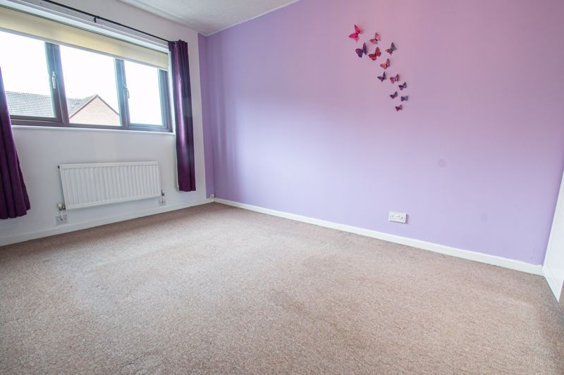 3 bed house for sale in Appletree Close 9