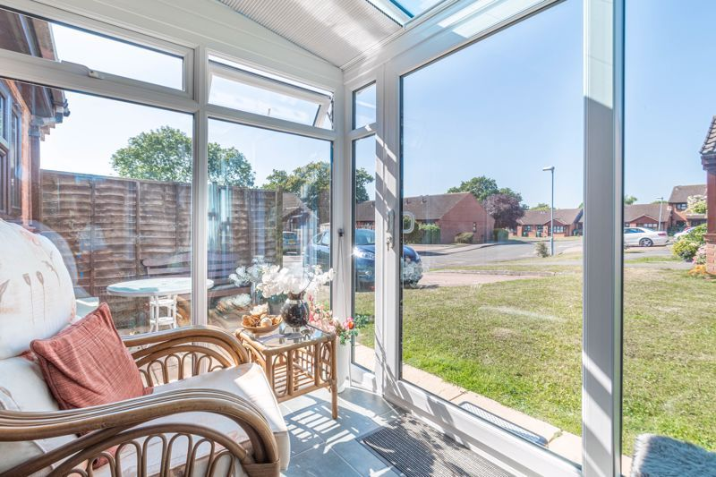 2 bed bungalow for sale in Naseby Close 8