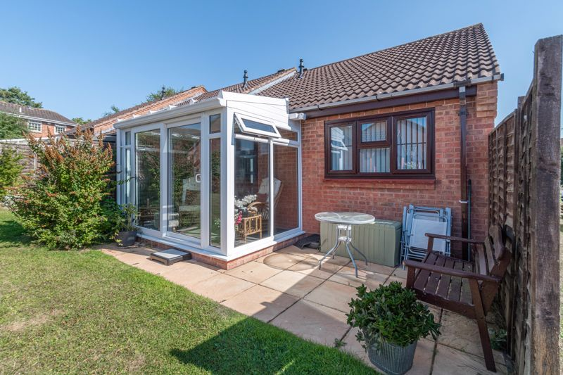 2 bed bungalow for sale in Naseby Close 9