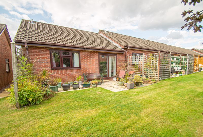 2 bed bungalow for sale in Stonehouse Close 1