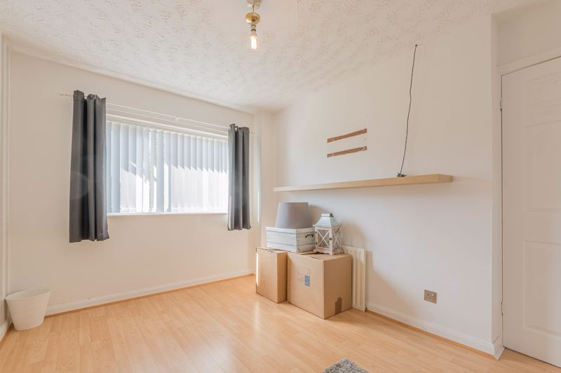 3 bed house for sale in Fountain Close 10