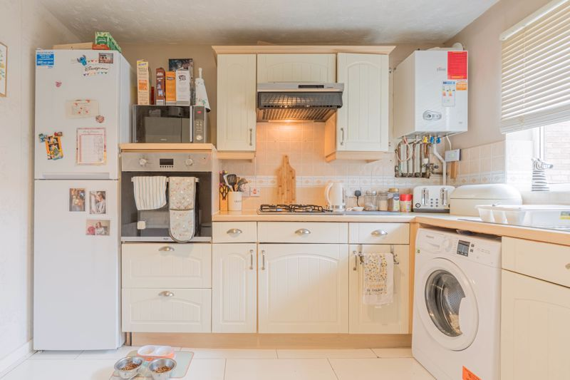 2 bed house for sale in Long Nuke Road 4